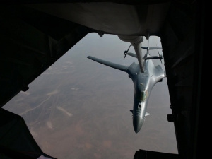 BROLL: B-1 Bomber refueled by a KC-10 Extender