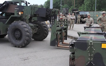 B Battery, 5th Battalion, 7th Air Defense Artillery Regiment Convoy and Patriot Missile Loading