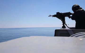USS New York (LPD 21) live-fire