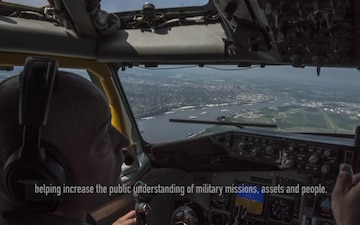 Scott AFB Honorary Commander KC-135 Orientation Flight