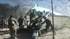 Marines fire M777 Howitzer during Saber Strike 18