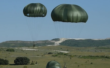 1-503rd Sky Soldiers Team with Spanish Paratroopers on Zaragoza Joint Forcible Entry & Assault