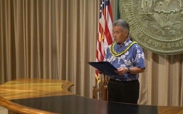 Hawaii Governor David Ige, proclaims July 2018 U.S. Army Warrant Officer Month.