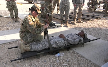 213th RSG Soldiers receive CLS training
