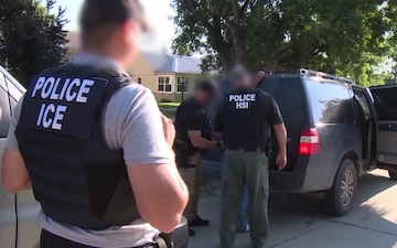 ICE executes federal criminal search warrants – b-roll