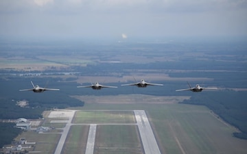 F-22's Arrive in Poland