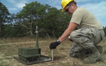 102nd Communications Flight sets up high frequency antenna