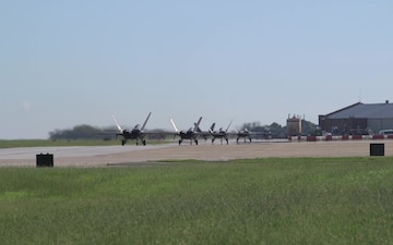 F-22's Departing Langley AFB for Hurricane Florence