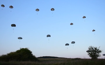 173rd Airborne Paratroopers Storm Hohenfels