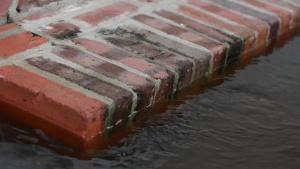 Flood waters creep into Historic Georgetown