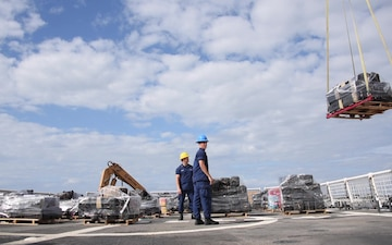 Cutter Stratton offloads 11 tons of cocaine