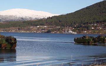 Amphibious landing in Alvund, Norway During Trident Juncture 18