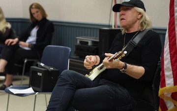 Joe Walsh Visits JBLM