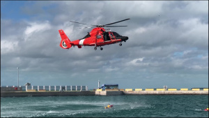 514th performs joint water survival training
