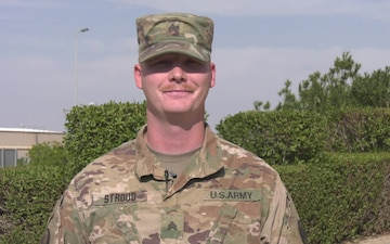 Sgt. Xaphen Stroud sends greetings from Kuwait