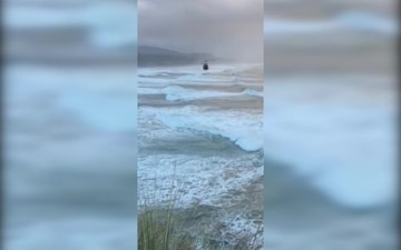 Unconscious surfer rescued by Coast Guard near Newport, Oregon