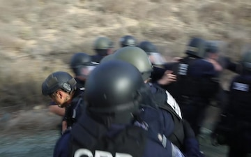 93rd Military Police Battalion conducts civil disturbance training with U.S. Customs and Border Protection