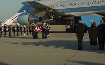 Arrival ceremony of George H. W. Bush at Andrews Air Force Base