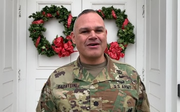 1st Medical Recruiting Battalion Cdr LTC Merbin Carattini Holiday Greeting (Spanish)