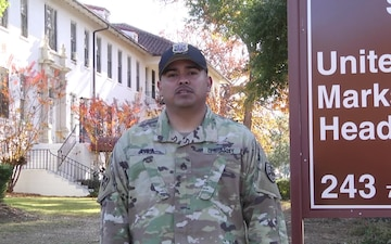 Staff Sgt. Dagoberto Avila's Holiday Greeting to Dallas, Texas in Spanish