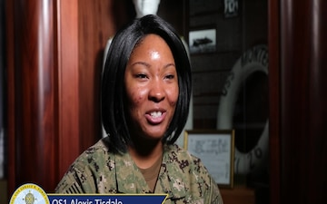 OS1 Alexis Tisdale  - Holiday Greeting