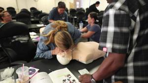 Mokapu Elementary staff learn First Aid techniques