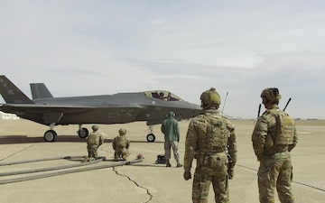 F-35A maintainers, special ops team for forward refueling