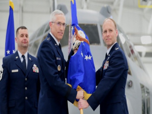 Janik Assumes Command of 910th