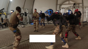 CTS Close-Quarters Combat Course with French (In French)