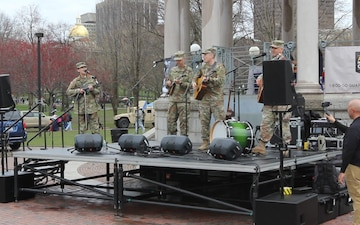 Army Field Band's Six-String Soldiers Folk-Bluegrass Band performs at the Army Expo