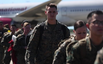 U.S Marines Arrive in Darwin - without titles