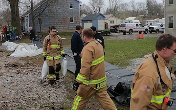 914th ARW Firefighters assist in flooding