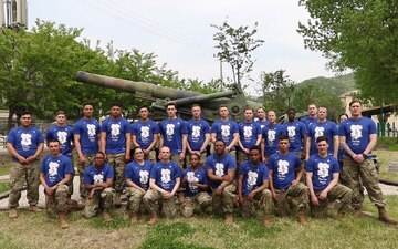 Field artillery soldiers cheer the Philadelphia 76ers in 2019 Playoffs