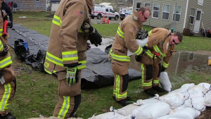 914th ARW Firefighters assist with flooding