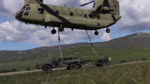 173rd IBCT (A), 1st CAB practice sling load training during exercise Immediate Response