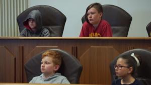7 ATC hosts 4th-Grade Class in Star Wars-Themed Mock Trial