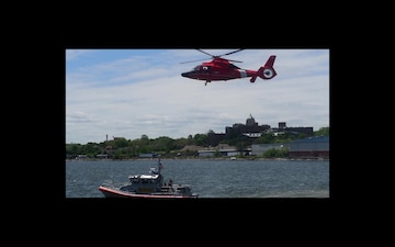 Coast Guard demonstrates Airborne rescue at Fleet Week 2019
