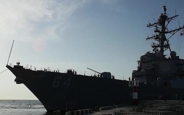 Sea Breeze: USS Carney  (DDG 64) Goes Underway