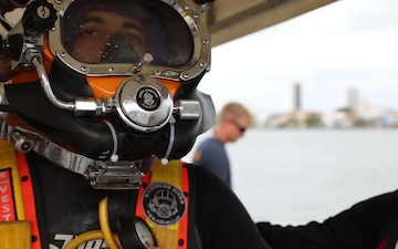 U.S. Navy Promotes Dive Capabilities in Colombia