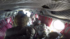 CH-47 CHINOOK AIRBORNE JUMP