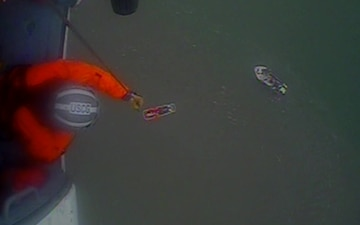 Coast Guard medevacs man from fishing vessel near Chinook Harbor