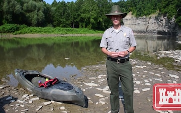 USACE Buffalo CO and Rangers Conduct Plant Survey in Genesee River