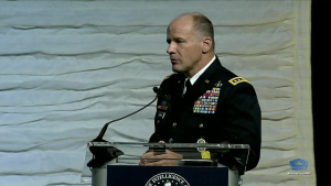 Transcom Commander Talks to IT Experts at Conference