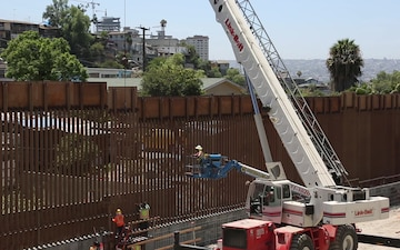 Wall Construction Sin an Ysidro (4 of 4)