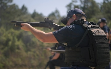 Coast Guard MSST New Orleans conducts weapons training