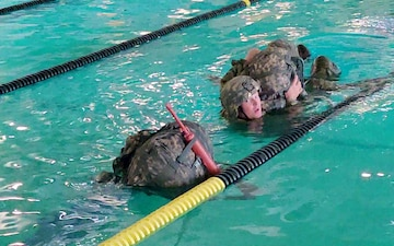 Defender Battalion builds proficiency on Combat Water Survival Training skills