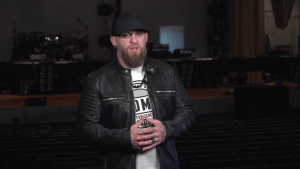 Brantley Gilbert Visits Wright-Patt