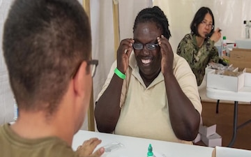 Comfort Completes Medical Mission in Saint Kitts and Nevis