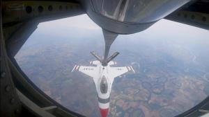 50th Air Refueling Squadron refuels U.S. Air Force Thunderbirds