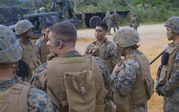 *B-Roll* Communication Marines conduct field training exercise